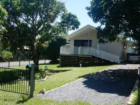 16 Alistair Court Macleay Island, QLD 4184