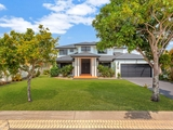 5 St Helens Court Burleigh Waters, QLD 4220