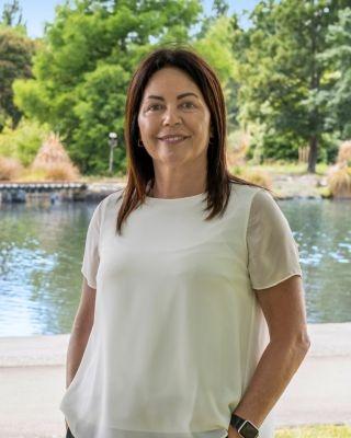 Tira Pollock profile image