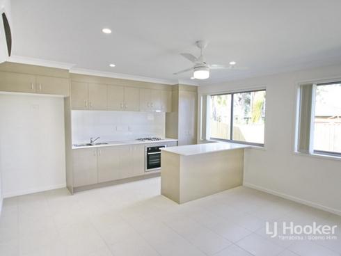 6b Chandon Court Hillcrest, QLD 4118