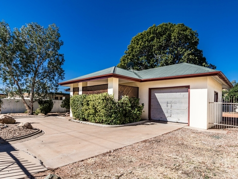 4 King Street Mount Isa, QLD 4825