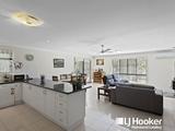 6 Appleby Close Kensington Grove, QLD 4341