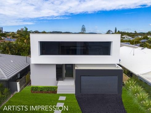 42 Twelfth Avenue Palm Beach, QLD 4221
