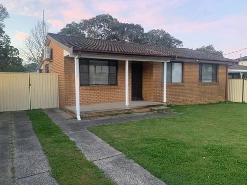 22 First Avenue Toukley, NSW 2263