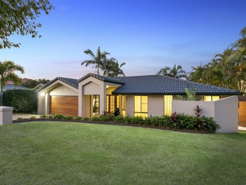60 Sea Eagle Drive Burleigh Waters, QLD 4220