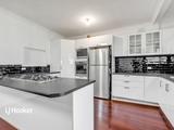 17 Frances Avenue Para Hills, SA 5096