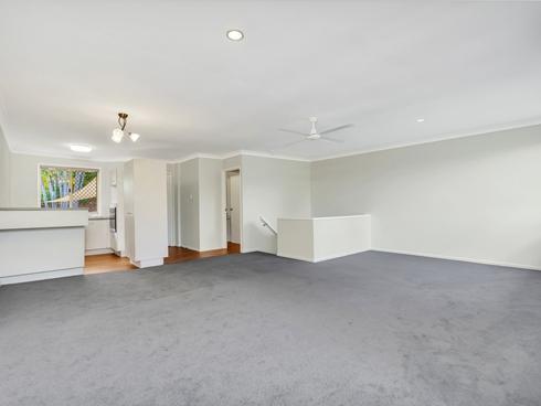 4/8 Kilpatrick Court Highland Park, QLD 4211