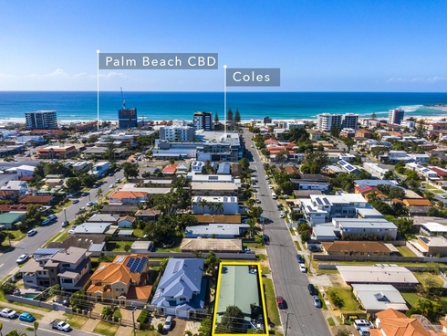 51 Fourth Avenue Palm Beach, QLD 4221