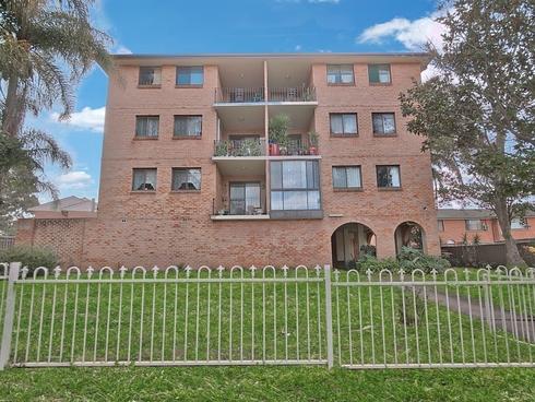 4/9 Wilde Street Carramar, NSW 2163