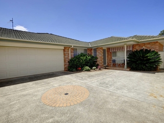 2/120 The Southern Parkway Forster , NSW, 2428