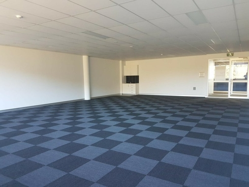Suite 406A/1 Bryant Drive Tuggerah, NSW 2259