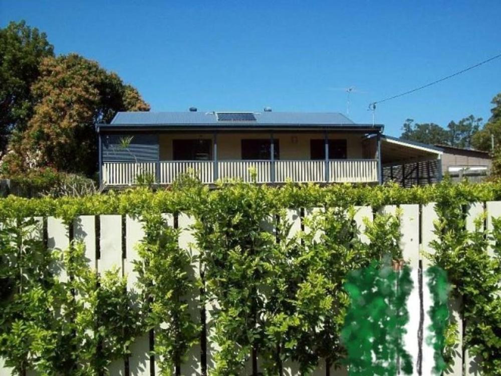 34 Lonicera Street Macleay Island, QLD 4184