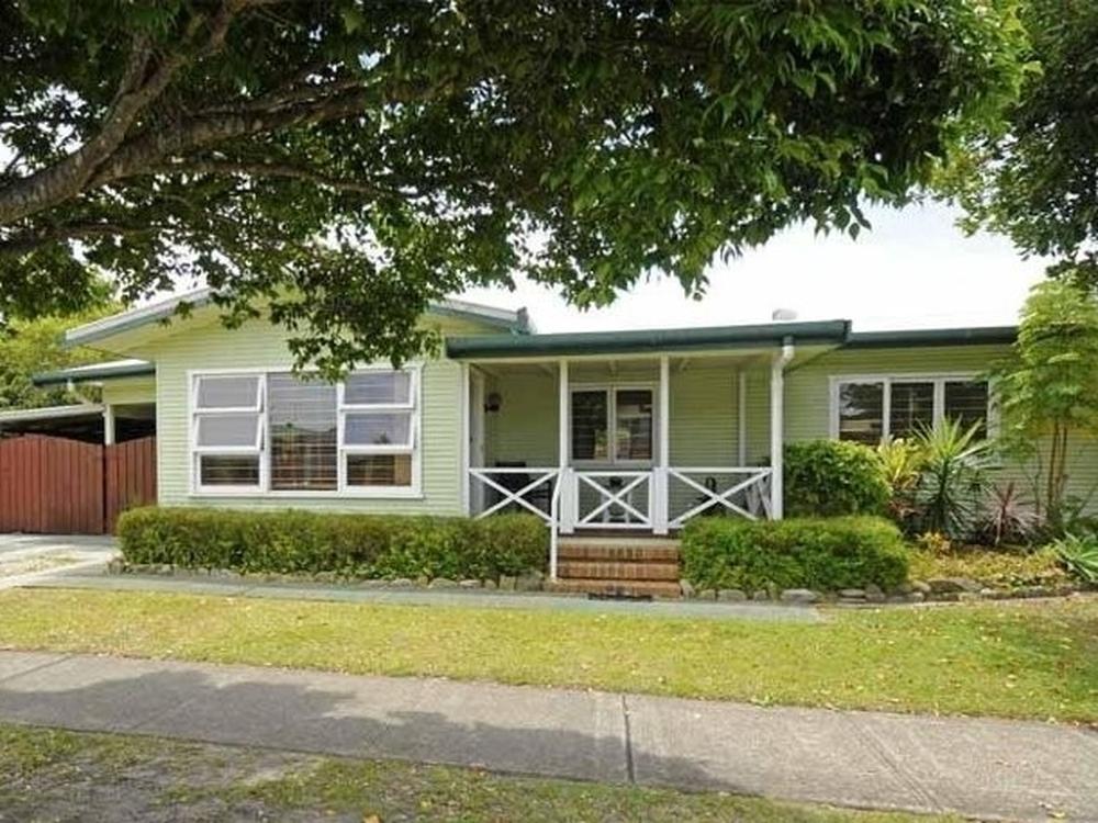 59 Third Avenue Palm Beach, QLD 4221