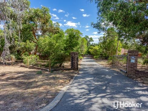 24 Judith Road Wattle Grove, WA 6107