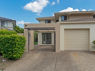 18/2 Tuition Street Upper Coomera , QLD, 4209
