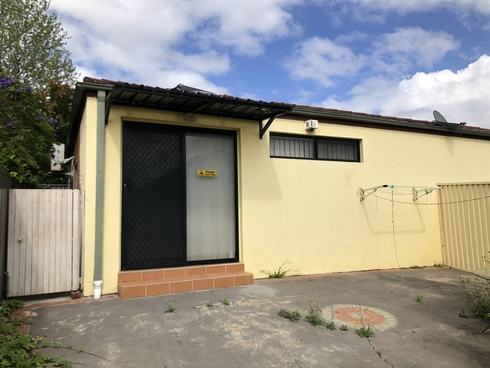 2 Gloucester Ave Merrylands, NSW 2160