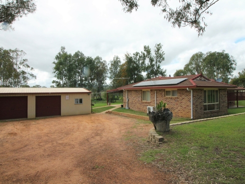25 Walnut Drive Brightview, QLD 4311