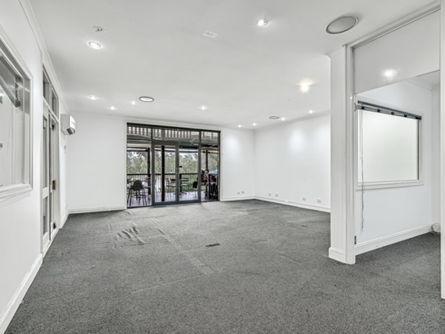 3 The Esplanade Forest Lake, QLD 4078