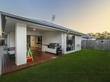 25 Looby Crescent Pimpama, QLD 4209