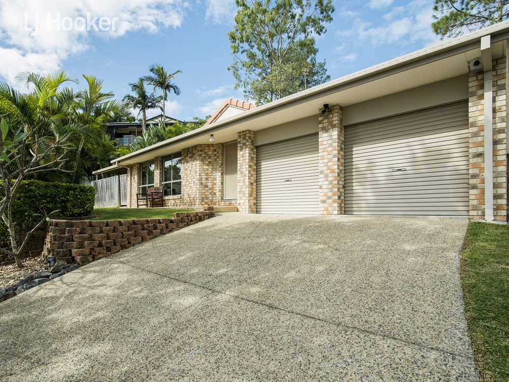 9 Tuvalu Street Pacific Pines, QLD 4211
