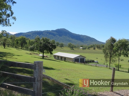 2 Huth Rd Mount Perry, QLD 4671