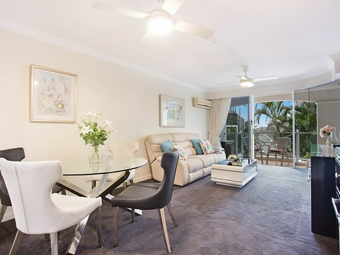 2205/24-26 Queensland Avenue Broadbeach, QLD 4218