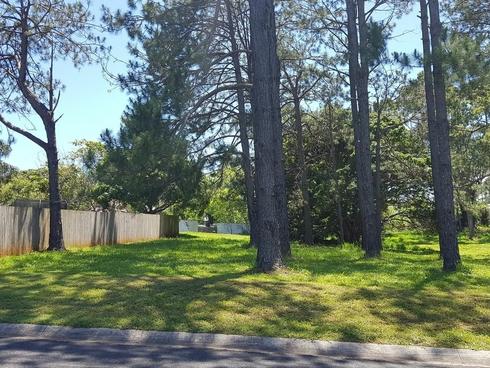 5 BERNBOROUGH STREET Russell Island, QLD 4184