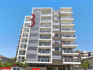 302/8 Norman Street Southport , QLD, 4215
