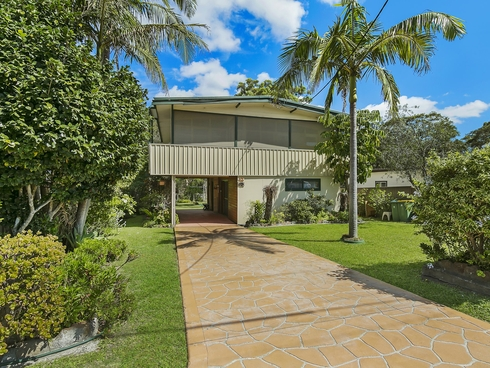 12 Kalele Avenue Budgewoi, NSW 2262