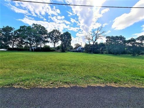 16 Hill Street Russell Island, QLD 4184