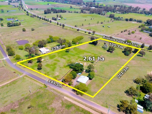 120 Old Fernvale Road Vernor, QLD 4306