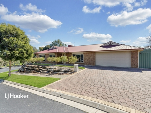 29 Farmhouse Avenue Walkley Heights, SA 5098