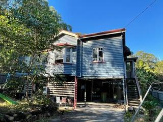 18 Panaroo Street Macleay Island , QLD, 4184
