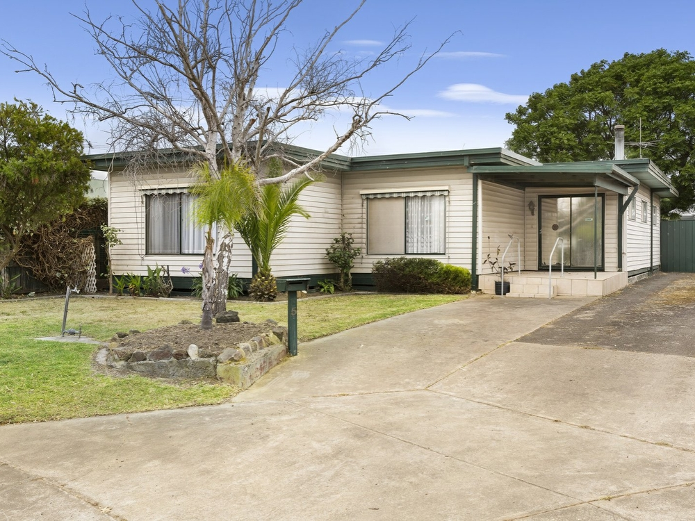 5 Cliff Court St Leonards, VIC 3223