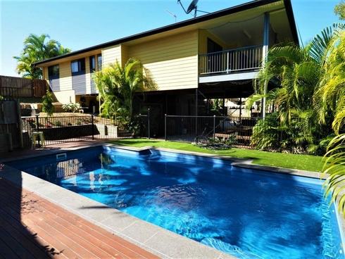 9 Curtis Avenue Boyne Island, QLD 4680