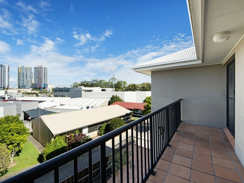 Unit 12/2 Johnston Street Southport, QLD 4215