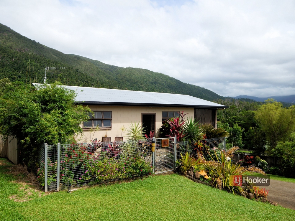 13 Bamber Street Tully, QLD 4854