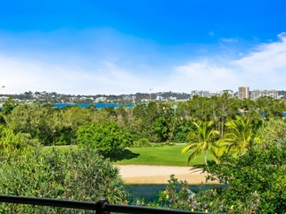 90/80 North Shore Road Twin Waters , QLD, 4564