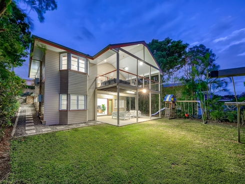 16 Redwood Street Stafford Heights, QLD 4053