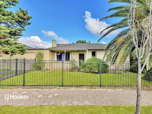 17 Leeds Avenue Northfield, SA 5085