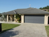 9 Victoria Drive Pacific Pines, QLD 4211