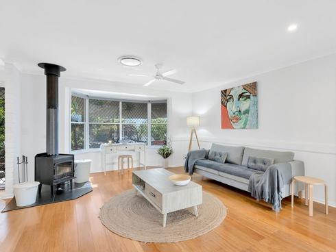 4 Merewether Court Highland Park, QLD 4211