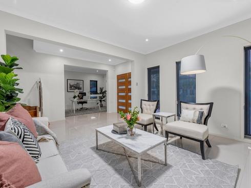 3 Holyrood Street Calamvale, QLD 4116