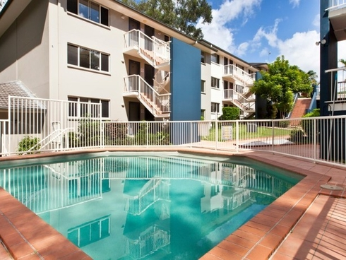 1/129-131 Currumburra Road Ashmore, QLD 4214