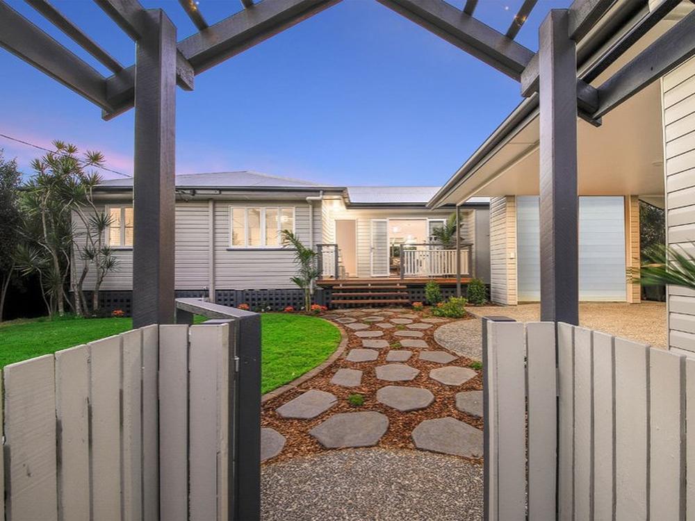 7 Haig St Wynnum West, QLD 4178