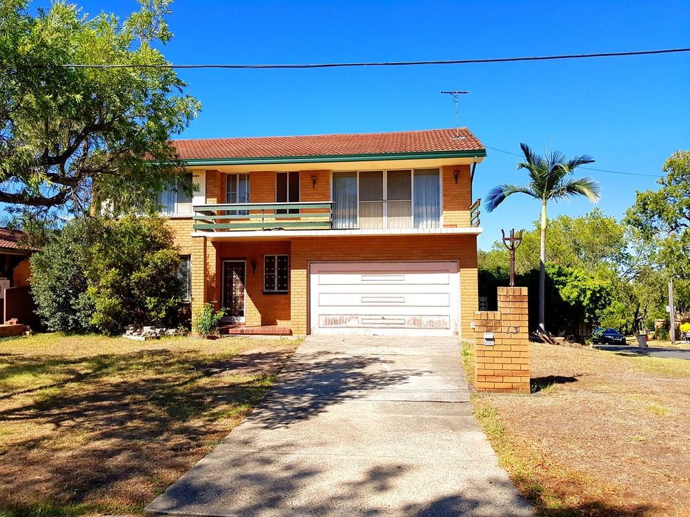 13 Glenbrook Crescent Georges Hall, NSW 2198