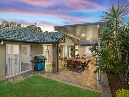 12 Seville Circuit Burleigh Waters, QLD 4220