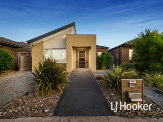 176 Saltwater Promenade Point Cook , VIC, 3030