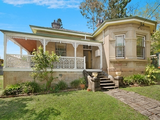 42 Cathcart Street Girards Hill , NSW, 2480