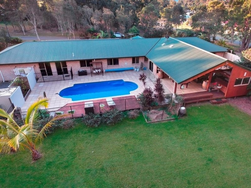 14 Hanlin Place Victoria Point, QLD 4165